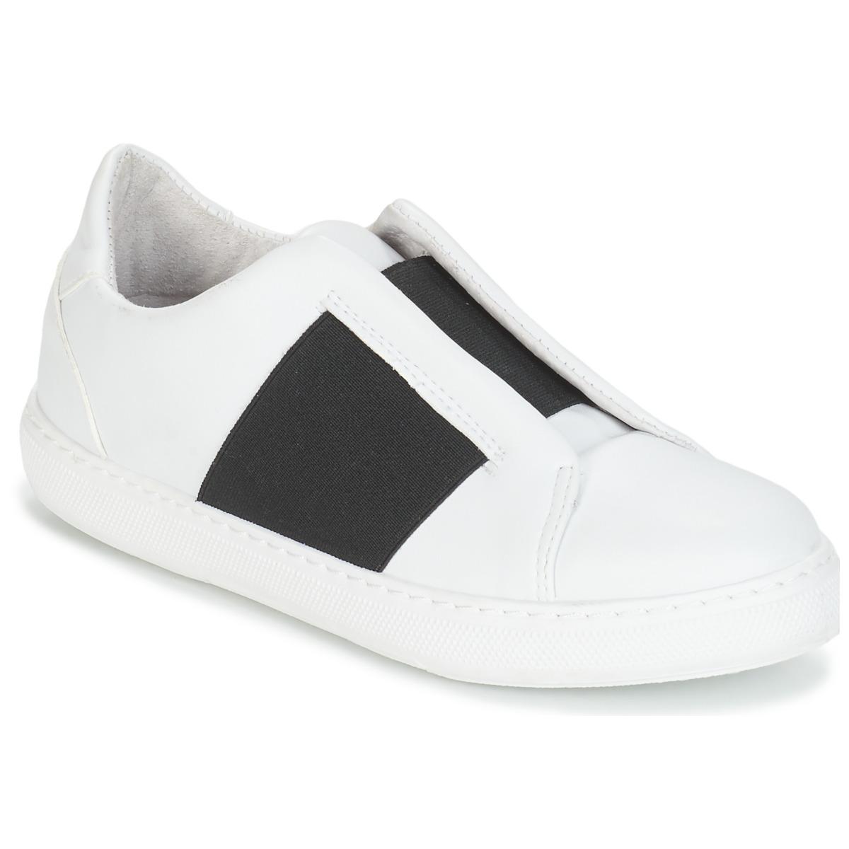 Sneakers André  AEROBIE