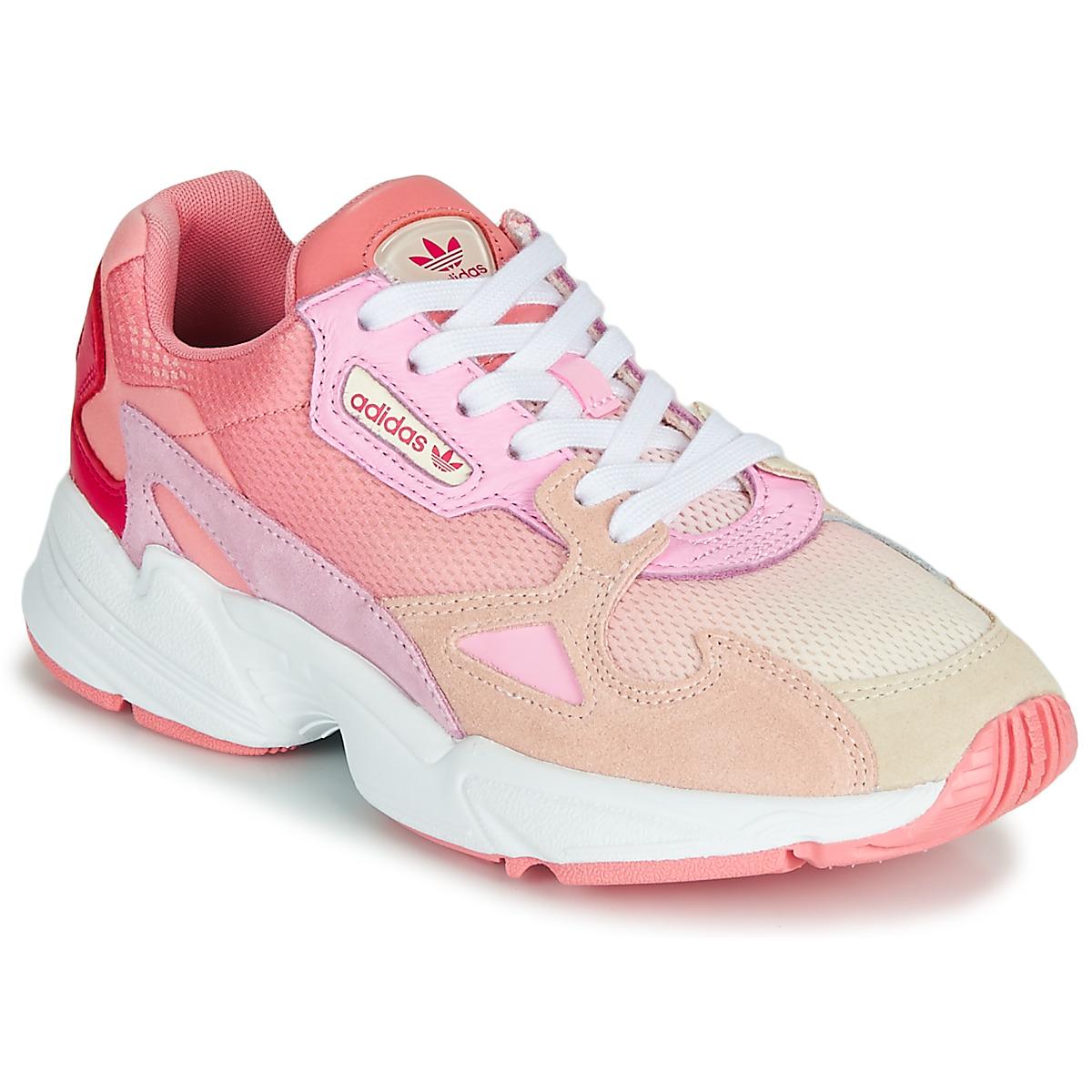 Sneakers adidas  FALCON W