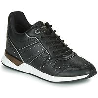 Sko Dame Lave sneakers Guess  Sort