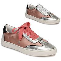 Sko Dame Lave sneakers André LA VOLTIGEUSE Pink