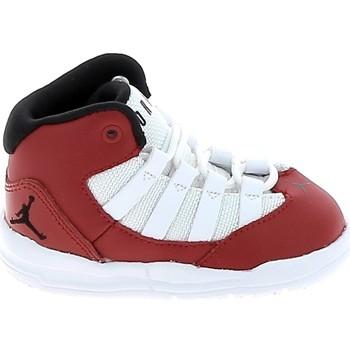 Sko Børn Basketstøvler Nike Jordan Max Aura BB Rouge Blanc AQ9215-602 Rød