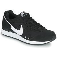 Sko Dame Lave sneakers Nike VENTURE RUNNER Sort / Hvid