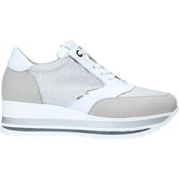 Sko Dame Lave sneakers Comart 1A3468 Sølv
