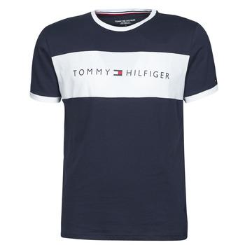 textil Herre T-shirts m. korte ærmer Tommy Hilfiger CN SS TEE LOGO FLAG Marineblå / Hvid