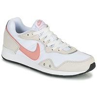 Sko Dame Lave sneakers Nike NIKE VENTURE RUNNER Hvid / Pink