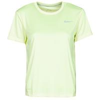 textil Dame T-shirts m. korte ærmer Nike MILER TOP SS Grøn / Grå