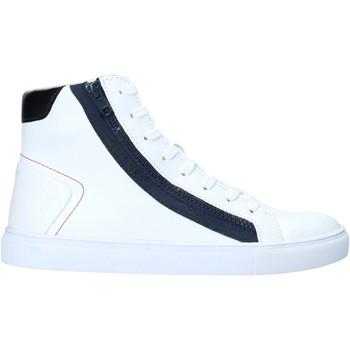 Sneakers Guess  FM5LHI LEA12