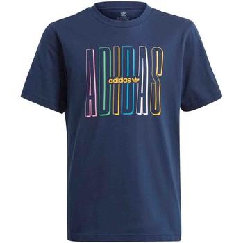 Se T-shirts m. korte ærmer adidas  GN7406 ved Spartoo