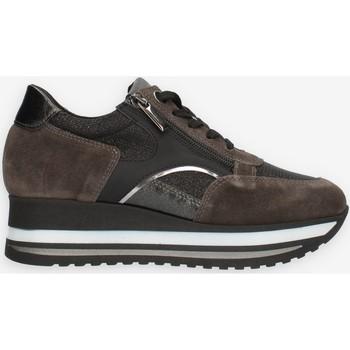 Sko Dame Lave sneakers Comart 1A4018PM Grå