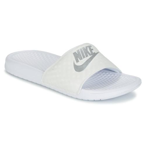 6a8a0452fb2d Sko Dame badesandaler Nike BENASSI JUST DO IT W Hvid   Sølv
