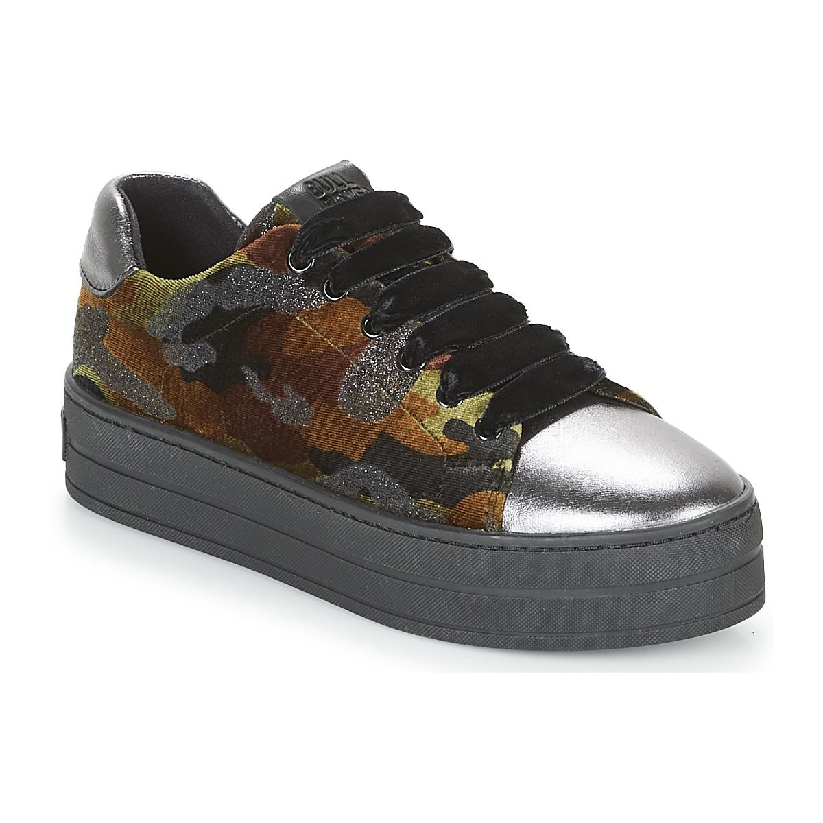 Sneakers Bullboxer  TECHA